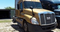 2013 Freightliner Cascadia Sleeper IN, TX